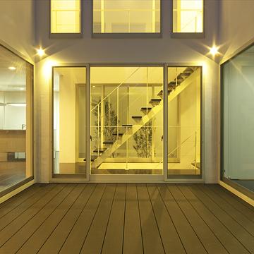 case046_balcony