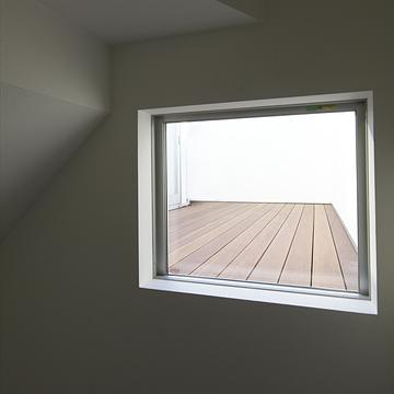 case059_balcony