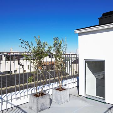 case100_balcony