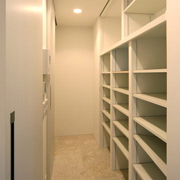 case111_room
