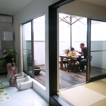 case015_balcony