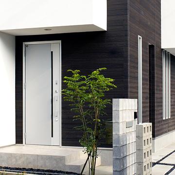 case033_exterior