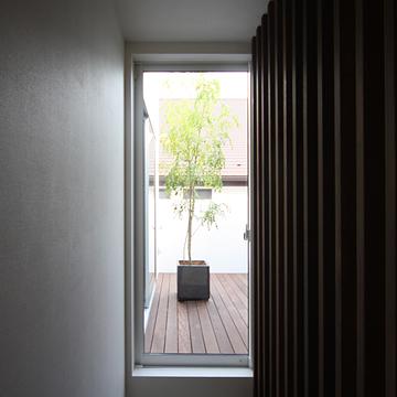 case071_balcony