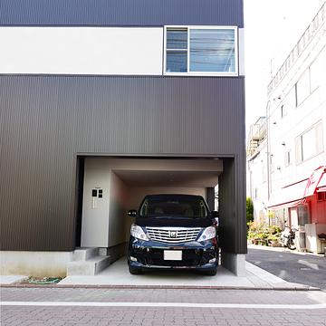 case122_garage